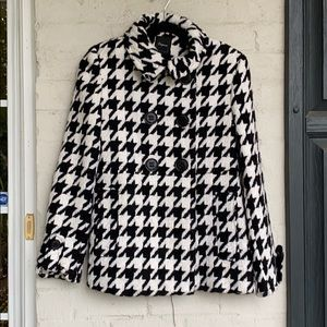 NWT Express houndstooth pea coat w crimson lining